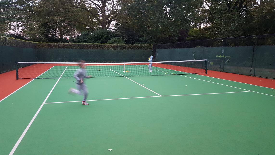 Quality and fun junior and children tennis courses, book your place now!